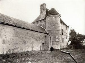 Château du Bâtiment (Ferme du Marronnier), tour du Bâtiment